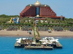 تور آنتالیا هتل دلفین پالاس