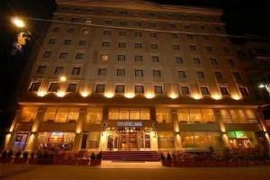 رزرو تور استانبول هتل کریستال تکسیم