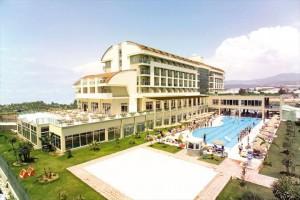 تور هتل تیتان سلکت در آلانیا