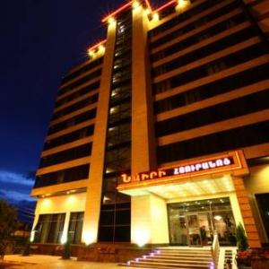 نیری هتل ایروان